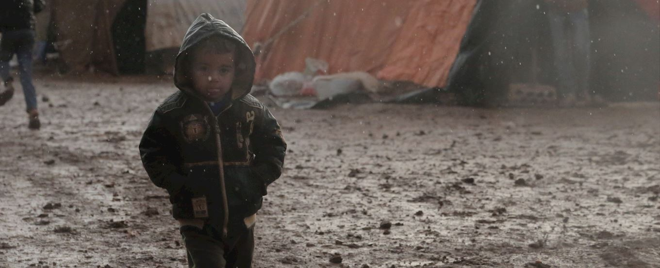 Syrian boy out in the cold