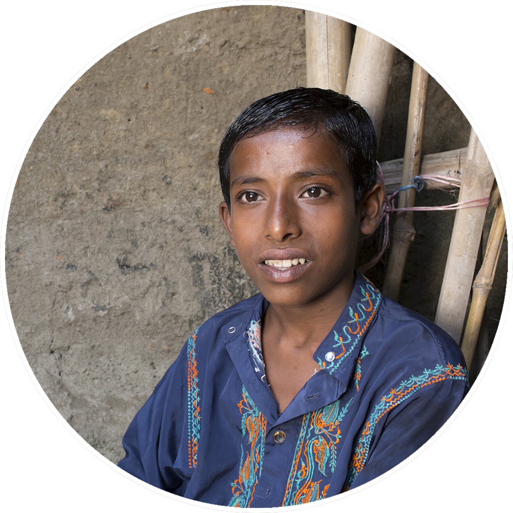 musa - young orphan boy from Bangladesh